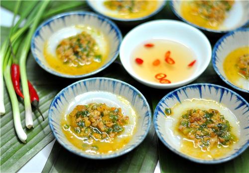 1 Món ăn miền Trung: Bánh bột lọc lá chuối, bánh bèo Huế, bánh bèo Đức Phổ