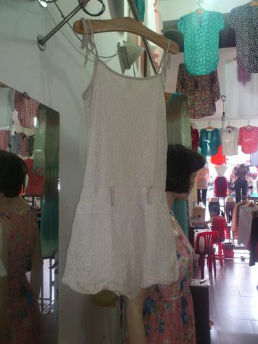 3 Shop JAM CHARM: Chuyên bán sỉ và lẻ quần áo, phụ kiện và mĩ phẩm chất lượng tốt cho phụ n