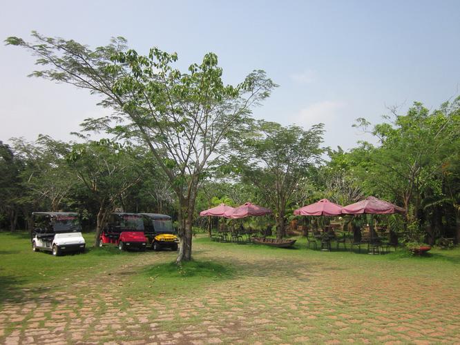 4 Vui chơi nghỉ mát tại Khu Du Lịch Nhà Vườn Long Phước Quận 9