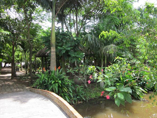 5 Vui chơi nghỉ mát tại Khu Du Lịch Nhà Vườn Long Phước Quận 9