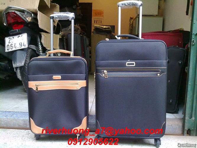3 Thanh lý valy kéo, balo lap, túi đựng ipad tồn kho giá rẻ
