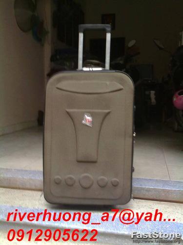 5 Thanh lý valy kéo, balo lap, túi đựng ipad tồn kho giá rẻ