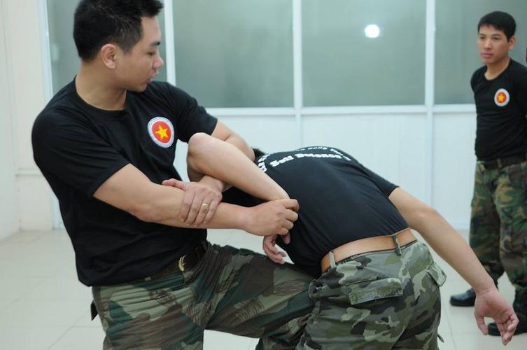 2 Học võ tự vệ ở đâu , võ tự vệ , võ tự vệ chiến đấu dành cho người trên 18 tuổi , võ thuật cận chiến