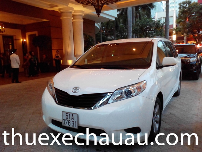 "1 <a style=""color:inherit !important;font-size:inherit !important;"" href=""http://rongbay.com/Thue-xe-O-to-c19-n71.html"" title=""Cho thuê xe"">Cho thuê xe</a> TOYOTA SIENNA  2011 2012  giá tốt"